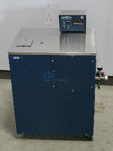NESLAB RECIRCULATING CHILLER 2000 WATT